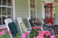 The Red Hook Country Inn - Bed And Breakfast Image