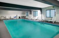 Travelodge Suites Savannah Pooler Image