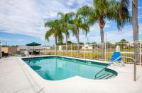 Howard Johnson Inn Vero Beach Fl Image
