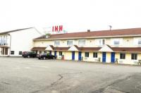 Budget Host Airport Inn Image
