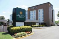 Comfort Inn Capitol Heights Image