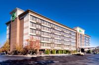 Holiday Inn Warren Image
