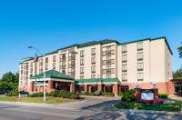 Courtyard By Marriott Bloomington Image