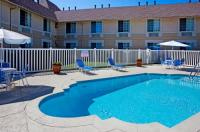 Holiday Inn Express Chateau Elan Lodge Image