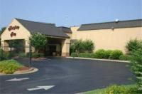 Hampton Inn Perry Image