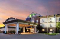 Holiday Inn Express Warrenton Image
